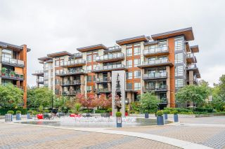 """Photo 2: 209 719 W 3RD Street in North Vancouver: Harbourside Condo for sale in """"THE SHORE"""" : MLS®# R2619887"""