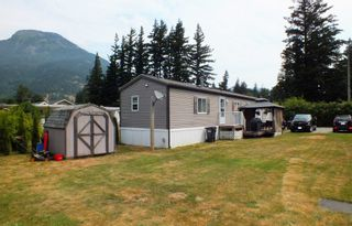 """Photo 4: 3 62010 FLOOD HOPE Road in Hope: Hope Silver Creek Manufactured Home for sale in """"WINDMILL MHP"""" : MLS®# R2600579"""
