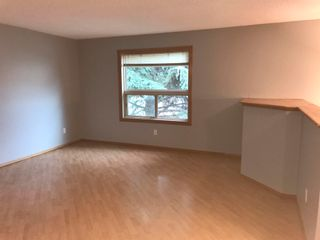 Photo 8: 1833 Millwoods RD E NW in Edmonton: Zone 29 Townhouse for sale : MLS®# E4255033