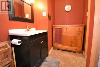 Photo 35: 106 Lodgepole Drive in Hinton: House for sale : MLS®# A1085341
