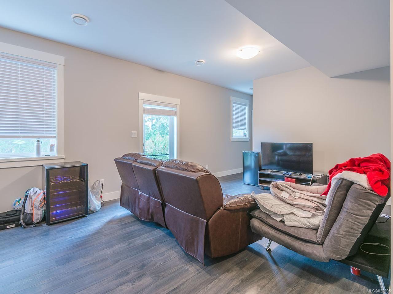Photo 21: Photos: 5896 Linyard Rd in NANAIMO: Na North Nanaimo House for sale (Nanaimo)  : MLS®# 832995