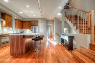 Photo 6: 2308 3 Avenue NW in Calgary: West Hillhurst Detached for sale : MLS®# A1051813
