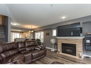 """Photo 11: 40 20560 66 Avenue in Langley: Willoughby Heights Townhouse for sale in """"AMBERLEIGH II"""" : MLS®# R2134449"""