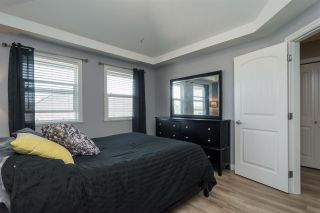 """Photo 12: 3 18087 70 Avenue in Surrey: Cloverdale BC Townhouse for sale in """"PROVINCETON"""" (Cloverdale)  : MLS®# R2210473"""