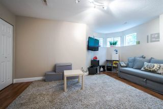 """Photo 15: 11 5950 OAKDALE Road in Burnaby: Oaklands Townhouse for sale in """"Heather Crest"""" (Burnaby South)  : MLS®# R2209640"""