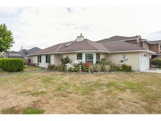 Photo 1: 6365 48 A Avenue in Ladner: Holly House for sale : MLS®# R2387663