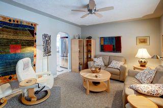 Photo 5: 2132 53 AV SW in Calgary: North Glenmore Park House for sale : MLS®# C4281707