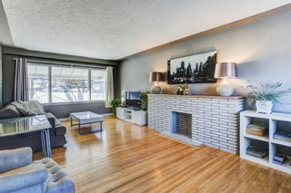Photo 11: 2611 Exshaw Road NW in Calgary: Banff Trail Residential for sale : MLS®# A1062599