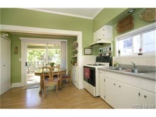 Photo 4: 1312 Stanley Ave in VICTORIA: Vi Downtown House for sale (Victoria)  : MLS®# 450346