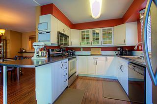 """Photo 7: 2249 WILLOUGHBY Way in Langley: Willoughby Heights House for sale in """"Langley Meadows"""" : MLS®# F1215714"""