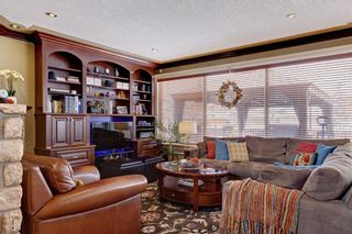 Photo 6: 115 WESTRIDGE Crescent SW in Calgary: West Springs Detached for sale : MLS®# C4226155