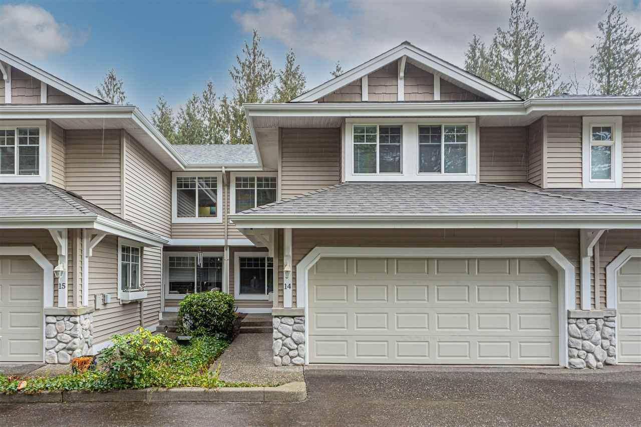 "Main Photo: 14 35253 CAMDEN Court in Abbotsford: Abbotsford East Townhouse for sale in ""Camden Court"" : MLS®# R2533028"
