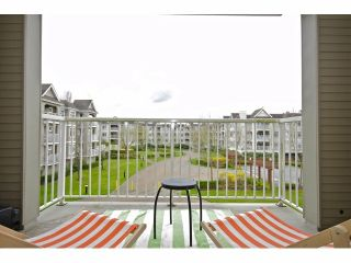 """Photo 4: 202 20896 57TH Avenue in Langley: Langley City Condo for sale in """"Bayberry Lane"""" : MLS®# F1308924"""