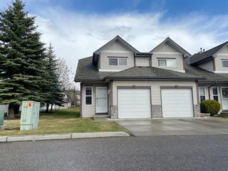 Main Photo: 231 Millview Green SW in Calgary: Millrise Row/Townhouse for sale : MLS®# A1090185