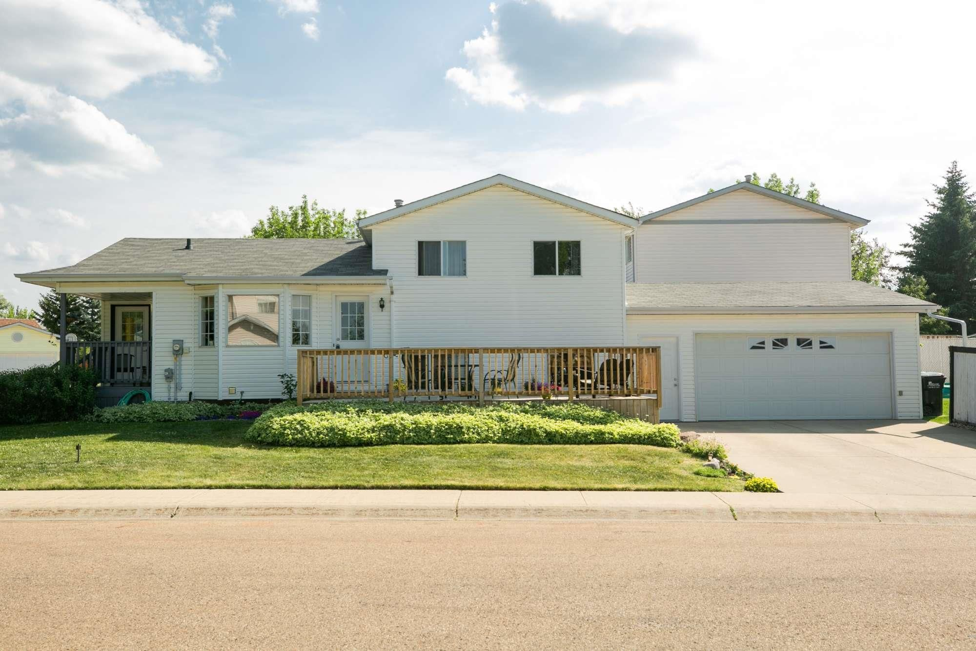 Main Photo: 57 DAVY Crescent: Sherwood Park House for sale : MLS®# E4252795