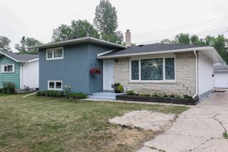 Photo 1: 24 Weaver Bay in Winnipeg: Norberry Residential for sale (2C)  : MLS®# 202117861