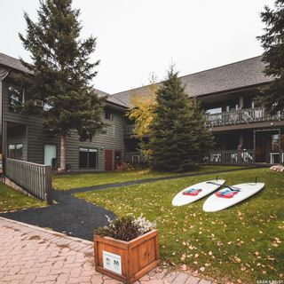 Photo 1: 827 Lakeview Drive in Waskesiu Lake: Commercial for sale : MLS®# SK864862