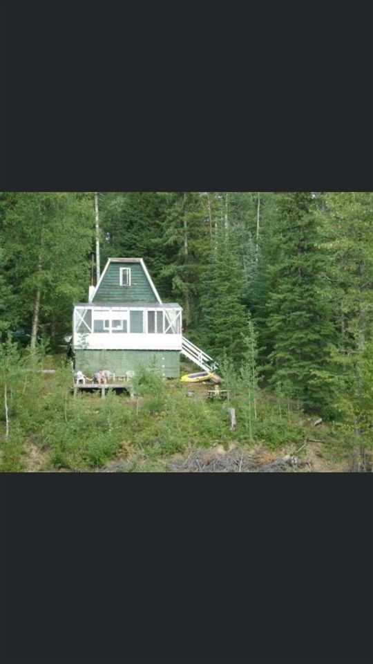 Main Photo: 40 CRYSTAL LAKE Road: Bear Lake House for sale (PG Rural North (Zone 76))  : MLS®# R2490663