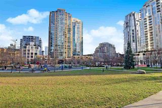 """Photo 19: 1808 1155 SEYMOUR Street in Vancouver: Downtown VW Condo for sale in """"THE BRAVA"""" (Vancouver West)  : MLS®# R2541417"""