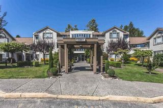 Photo 1: 204 15991 THRIFT AVENUE: White Rock Home for sale ()  : MLS®# R2098488