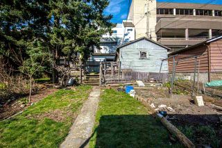 Photo 35: 3657 E PENDER Street in Vancouver: Renfrew VE House for sale (Vancouver East)  : MLS®# R2561375