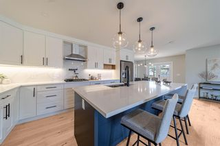 Photo 10: 944 Parkvalley Way SE in Calgary: Parkland Detached for sale : MLS®# A1153564