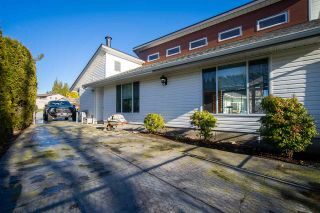 "Photo 3: 2445 SUNNYSIDE View in Abbotsford: Abbotsford West House for sale in ""SUNNYSIDE"" : MLS®# R2555461"