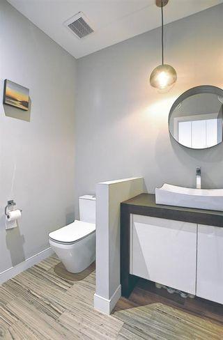 Photo 19: 3611 33 Street SW in Calgary: Rutland Park Semi Detached for sale : MLS®# A1143342