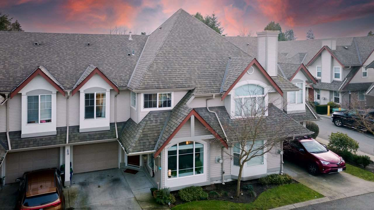 """Main Photo: 45 23085 118 Avenue in Maple Ridge: East Central Townhouse for sale in """"SOMMERLVILLE GARDENS"""" : MLS®# R2532695"""