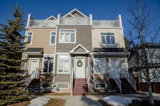 Main Photo: 4512 73 Street NW in Calgary: Bowness Row/Townhouse for sale : MLS®# A1103517