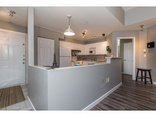 """Photo 6: 307 33599 2ND Avenue in Mission: Mission BC Condo for sale in """"Stave Lake Landing"""" : MLS®# R2424378"""