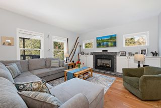 Photo 8: 2517 Dunsmuir Ave in : CV Cumberland House for sale (Comox Valley)  : MLS®# 873636