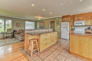 Photo 6: 703 Alderwood Place SE in Calgary: Acadia Detached for sale : MLS®# A1131581