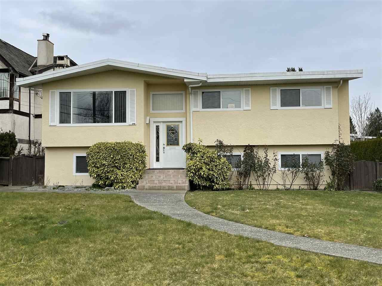 Main Photo: 1890 KENSINGTON Avenue in Burnaby: Parkcrest House for sale (Burnaby North)  : MLS®# R2555782
