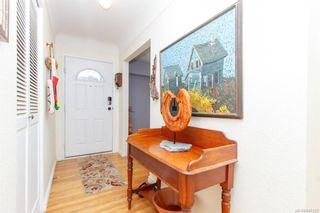 Photo 5: 2927 Ilene Terr in Saanich: SE Camosun House for sale (Saanich East)  : MLS®# 845333