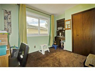 Photo 22: 545 RUNDLEVILLE Place NE in Calgary: Rundle House for sale : MLS®# C4079787