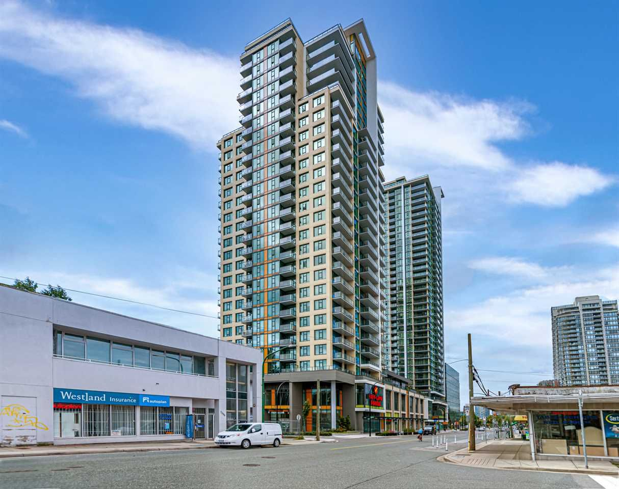 """Main Photo: 1411 7303 NOBLE Lane in Vancouver: Edmonds BE Condo for sale in """"KINGS CROSSING"""" (Burnaby East)  : MLS®# R2477569"""