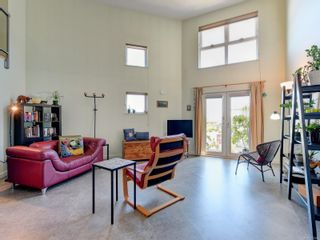 Photo 3: 414 787 TYEE Rd in : VW Victoria West Condo for sale (Victoria West)  : MLS®# 877426