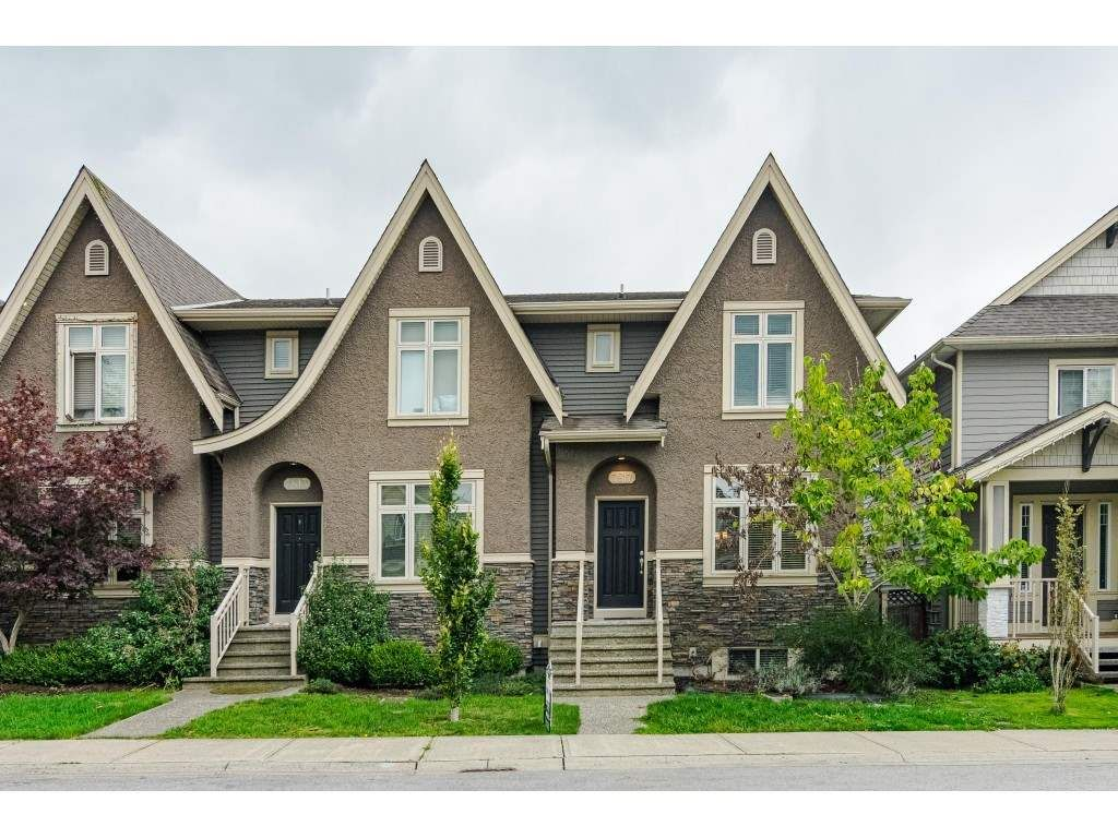 """Main Photo: 7817 211B Street in Langley: Willoughby Heights Condo for sale in """"Shaughnessy Mews"""" : MLS®# R2412194"""