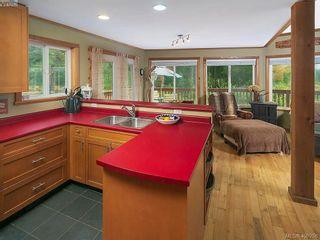 Photo 10: 684 Shawnigan Lake Rd in MALAHAT: ML Malahat Proper House for sale (Malahat & Area)  : MLS®# 798583