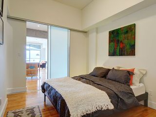Photo 4: For Rent: Luxury Gastown Loft