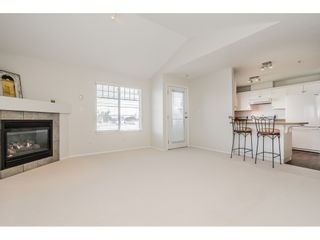 """Photo 4: 403 2350 WESTERLY Street in Abbotsford: Abbotsford West Condo for sale in """"Stonecroft Estates"""" : MLS®# R2359486"""