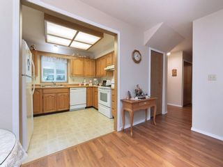 """Photo 5: 33 7525 MARTIN Place in Mission: Mission BC Townhouse for sale in """"Luther Place"""" : MLS®# R2238773"""