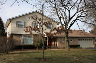 Photo 1: 4 Silver Crescent in Cobourg: House for sale : MLS®# 245955