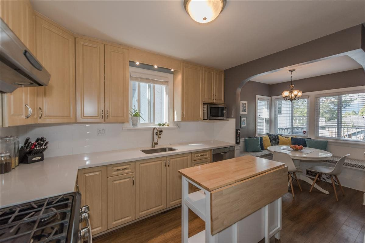 Photo 4: Photos: 2225 E 27TH AVENUE in Vancouver: Victoria VE House for sale (Vancouver East)  : MLS®# R2206387