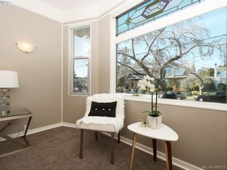Photo 13: 453 Moss St in VICTORIA: Vi Fairfield West House for sale (Victoria)  : MLS®# 806984