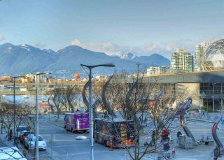 """Photo 12: 304 123 W 1ST Avenue in Vancouver: False Creek Condo for sale in """"COMPASS"""" (Vancouver West)  : MLS®# R2554885"""