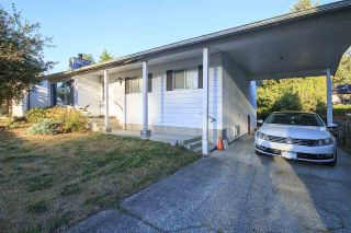Photo 1: 3660 OLD CLAYBURN Road in Abbotsford: Abbotsford East House for sale : MLS®# R2205131