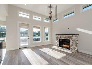 "Photo 2: 45926 BIRDIE Place in Sardis: Sardis East Vedder Rd House for sale in ""The Fairways at Higginson Estates"" : MLS®# R2220610"