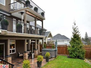"""Photo 10: 5875 163B Street in Surrey: Cloverdale BC House for sale in """"HYLAND ESTATES"""" (Cloverdale)  : MLS®# F1205266"""